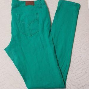 ☘️Green Long Inseam Skinny Jeans ☘️